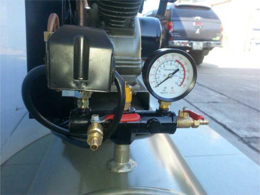 Kiểm tra áp máy nén khí